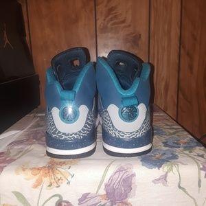 Jordan blue spizikes